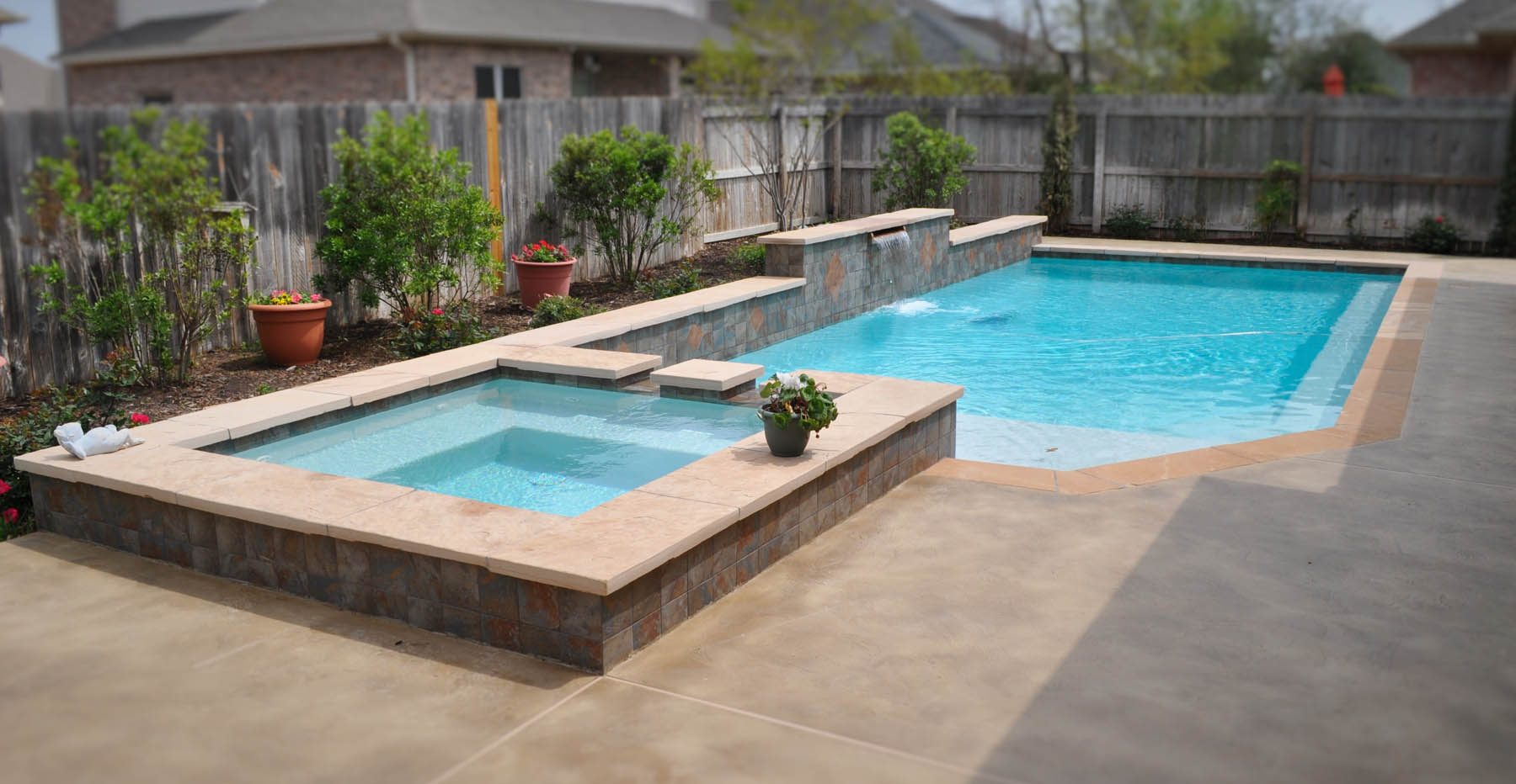 Bryan college station custom pool design photos brazos valley for Custom pool designs