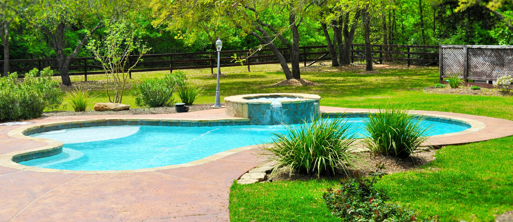 Bryan college station custom pool design photos brazos valley for Custom pool and spa