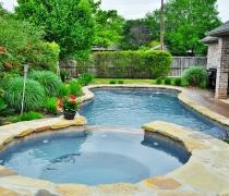 Custom-Flagstone-Pools-and-Spa