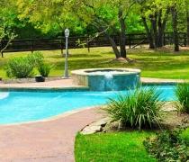 Traditional-Custom-Pool-and-Spa