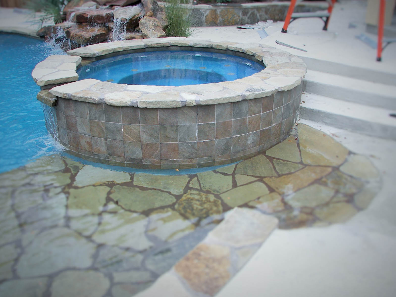 Picture gallery of spas hot tubs in bryan college station tx for Custom pool and spa