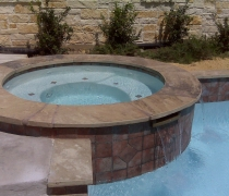Custom-Spa-with-Water-Feature