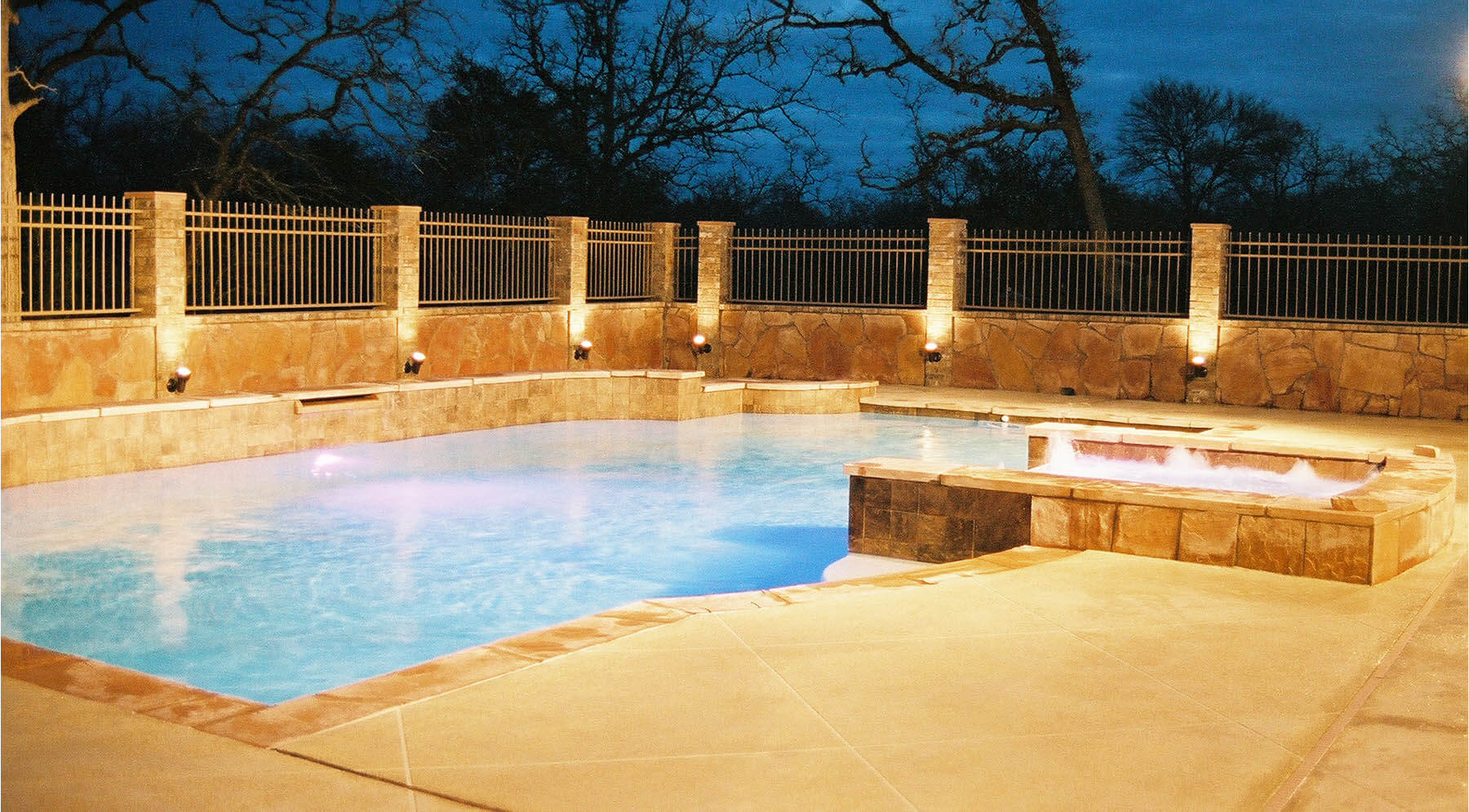 Keys to modern swimming pool design sunshine fun pools for Pool design sunshine coast