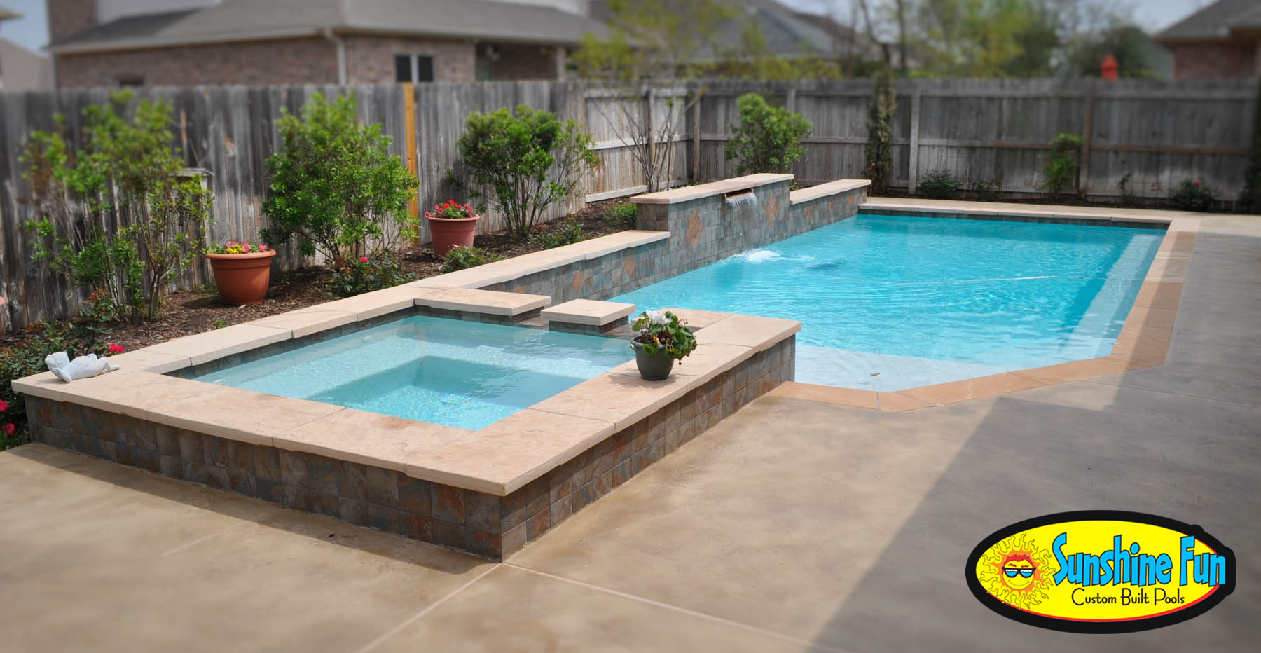 How to make your pool more energy efficient sunshine fun for Custom pool and spa